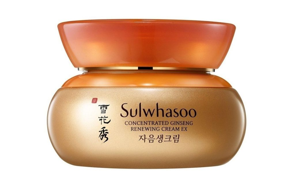 A close-up shot of the Sulwhasoo Concentrated Ginseng Renewing Cream EX jar (From: Sulwhasoo.com).