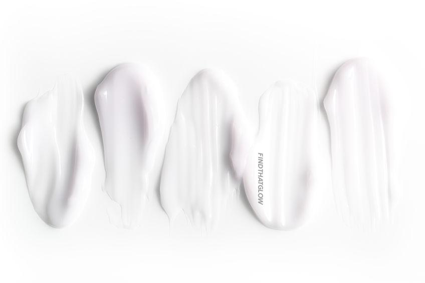 Close-up of cosmetic creams (From:123rf.com)