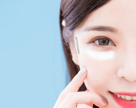 Woman with incorrect eye cream application (From:123rf.com)