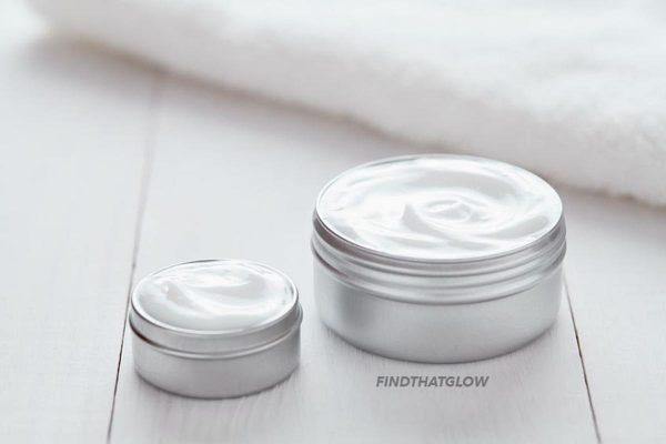 Close up of jars (From:123rf.com).