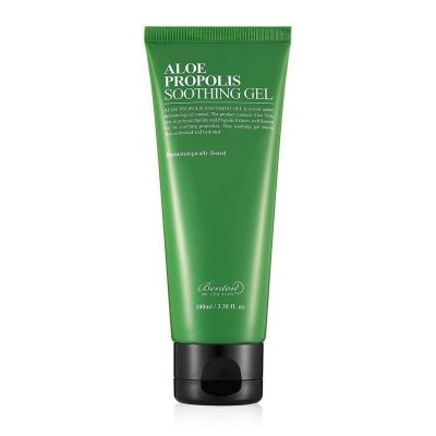 A closer look at the Benton Aloe Propolis Soothing Gel. (From: gobloomandglow.com)